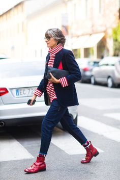 All the Street Style From Milan Fashion Week Cool Street Fashion, Street Chic, Street Style, Milan Fashion, Fashion 2018, Mature Fashion, Fashion Over 50, Mode Ab 50, Stylish Older Women