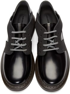 Alexander McQueen - Chaussures derbys en cuir noires XL