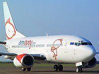 Acties van luchtvaartmaatschappijen Travel Ideas, Aircraft, Van, Vehicles, Aviation, Vacation Ideas, Car, Planes, Vans