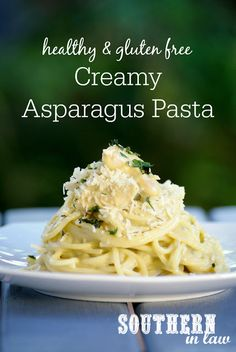 Inspired by Asparagus Cob Loaf Dip, this Creamy Asparagus Pasta Sauce Recipe is sure to become a family favourite. Creamy and decadent tasting, this lunch or dinner is secretly healthy whilst also gluten free, nut free, vegetarian, soy free, low fat and a clean eating recipe. So simple and easy to make and the perfect way to sneak in some veggies. Add chicken breast or sauteed mushrooms for extra protein and flavour!