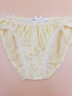 Bride Lingerie, Cute Lingerie, Lingerie Outfits, Women Lingerie, Plastic Girl, Plastic Pants, Nylon Underwear, Bodysuit Costume, Girls In Panties