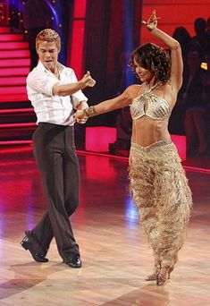 """Jennifer Grey and Derek Hough in """"Dancing with the Stars"""""""