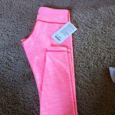 Lulu lemon pink crop legging
