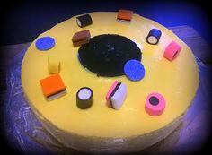 Englannin lakritsi-kakku