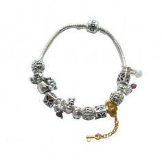 Marque: Pandora -Genre: Femme -Matière: Divers -Style: Unique              66,99 €  http://www.pariprix.com/pandora-cadeaux/glass-rouge-et-argent-diy-bracelet-pandora-captivant.html