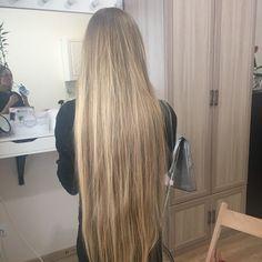 Когда волосы не поместились в кадр ♀️ #волосы #rapunzel #longhair #blonde #naturalhair #hairstyles #натуральнаяблондинка #питер #санктпетербург #saintpetersburg #длинныеволосы #блондинка #многоволос #непоместилисьвкадр #goldenhair #длинныеволосыэтокрасиво #alinagoldilocks #russiangirl #girl #русскаякрасавица #золотыеволосы #длинноволосая #прически #longhairworld