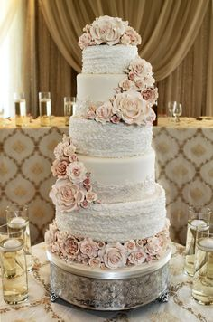 Wedding Cakes - why not get this brilliant collection, pin reference 8798763136 here. Purple Wedding Cakes, Amazing Wedding Cakes, Wedding Cupcakes, Gold Wedding, Rustic Wedding, Elegant Wedding, Wedding Cake Inspiration, Floral Cake, Elegant Cakes