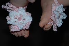 Crochet barefoot baby sandals by Nogginsandnapes on Etsy, $12.00