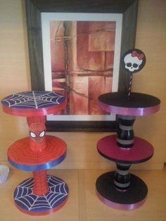 porta cupcakes torre hombre araña spiderman monster high