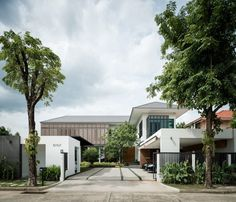 Tiwanon House 02 850x728 Archimontage Design Fields Sophisticated Design a Private Residence in Nonthaburi, Thailand