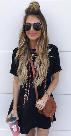 Awesome 44 Fabulous Spring Outfit Ideas for Women https://inspinre.com/2018/02/27/44-fabulous-spring-outfit-ideas-women/