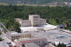 Polythecnic_University_of_Tirana.JPG (1024×682)