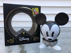 Iron Man – 1/4th Scale Mark III Collectible Figure Coming Soon     DisKingdom.com   Disney   Marvel   Star Wars - Merchandise News Mickey Mouse Shorts, Mickey Minnie Mouse, Iron Men 1, Star Wars Merchandise, New Avengers, Disney Infinity, Sideshow Collectibles, Disney Marvel, Avengers Infinity War