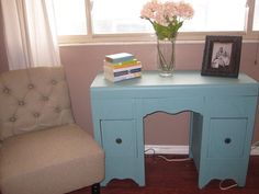 Sweet shabby chic desk for your home office...