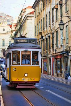 Portugal Destinations, Portugal Places To Visit, Europe Destinations, Sydney Photography, Travel Photography, Beautiful Streets, Beautiful Places, Tramway, Portuguese Culture