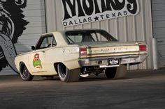Revealed: How Gas Monkey's '67 Dart Beat Roadkill!