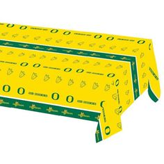 Univ of Oregon 54 x 108 Plastic Tablecover/Case of 12 Tags: University of Oregon; Tablecover; Collegiate; University of Oregon Tablecover;University of Oregon party tableware; https://www.ktsupply.com/products/32786326442/Univ-of-Oregon-54-x-108-Plastic-TablecoverCase-of-12.html