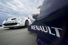 Renault Mégane II Renault Sport F1 Team R26 (2007)