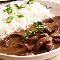 Recept : Dušené ledvinky | ReceptyOnLine.cz - kuchařka, recepty a inspirace Stew, Sweet Home, Food And Drink, Diet, House Beautiful