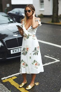 cool Must-Have: The Cold-Shoulder Floral Print Dress (Le Fashion) by http://www.redfashiontrends.us/street-style-fashion/must-have-the-cold-shoulder-floral-print-dress-le-fashion/