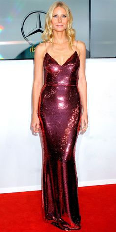 Gwyneth wears a stunning Prada rose gold gown fully embroidered with sequins // Gwyneth Paltrow's Stunning Sequin Number
