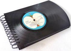 Fotoalbum, *THE BEATLES *   Fotobuch Schallplatte von VinylKunst Aurum - Schallplatten Upcycling der besonderen ART auf DaWanda.com