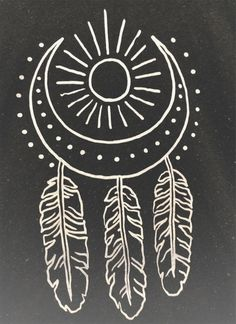 Dream catcher moon and sub. could try make this into a henna design? Henna Kunst, Henna Art, Et Tattoo, Tattoo Moon, Tattoo 2017, Tattoo Arm, Ankle Tattoo, Tattoo Drawings, Tattoo Feather