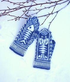 Ravelry: Cat&Fish Mittens pattern by Natalia 'Yogiki' Osipova. chart only Crochet Mittens, Mittens Pattern, Knitted Gloves, Knit Crochet, Knitting Charts, Knitting Yarn, Hand Knitting, Knitting Patterns, Hand Warmers