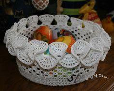 crochet basket Crochet Case, Crochet Bowl, Easter Crochet, Thread Crochet, Crochet Gifts, Filet Crochet, Crochet Doilies, Knit Crochet, Crochet Stitches Patterns