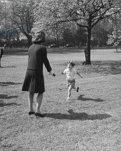 Jacqueline and John Kennedy, Hyde Park, London, 1963 (b/w photo)