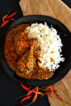 Are looking for a nice diet of chicken curry? Here are some of the best 3 chicken curry recipes you may want to eat it. Indian Chicken Recipes, Veg Recipes, Indian Food Recipes, Asian Recipes, Cooking Recipes, Healthy Recipes, Chicken Curry Recipes, Cooking Chicken Curry, Cooking Tips