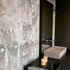 Wall and Deco SANGALLO - old wall patina with raised stencils texturadas interior Wall and Deco SANGALLO Faux Walls, Textured Walls, Deco Baroque, Venetian Plaster Walls, Old Wall, Wall Finishes, Stencil Painting, Interior Walls, Wall Treatments