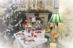Decoración navideña, Christmas decoration. Christmas tree, garlands