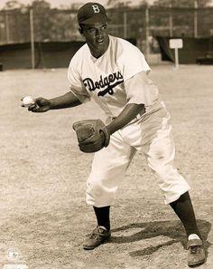 Jackie Robinson - Brooklyn Dodgers