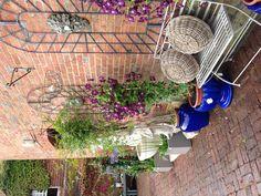 Trading Boundaries Courtyard Garden