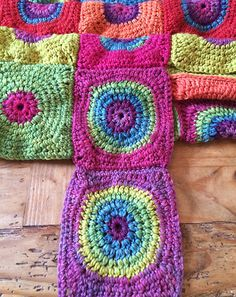 Solstice - Story of a crochet blanket Form Crochet, Granny Square Crochet Pattern, Crochet Squares, Crochet Granny, Crochet Patterns, Granny Squares, Rainbow Crochet, Crochet Circles, Crotchet Blanket