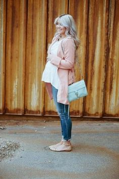 Pull back out those sexy shoes - Spring Maternity Looks You'll Love - Photos