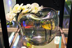 #Vaso ovale trasparente con #orchidea.