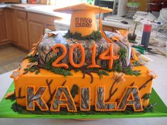 Realtree Camo Graduation cake