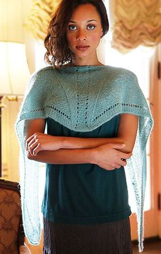 Siddal, de Norah Gaughan. http://www.ravelry.com/patterns/library/siddal