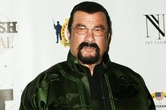 Steven Seagal slams #NFL players who #kneel during national anthem ------ http://www.nydailynews.com/…/steven-seagal-slams-nfl-player… ----- #NationalAnthem #America #UnitedStates