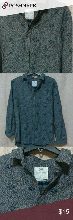 Men's casual button down geo print On the Byas from PacSun. Very thick. Marked black and white with blue geo tribal print. Excellent condition, but is missing the care tag. No rips, stains, tears, picks, runs, or loose seams. on the byas Shirts Casual Button Down Shirts