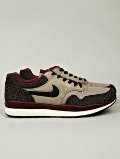 Nike Men's Air Safari Vintage Sneaker in burgundy / beige at oki-ni