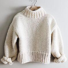 Jumper Knitting Pattern, Jumper Patterns, Easy Knitting Patterns, Knitting Sweaters, Look Man, Chunky Knit Jumper, Chunky Knits, Knit Fashion, Vestidos