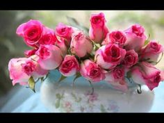 De ziua ta (For Your Birthday) (Omar Akram - Never Let Go) Water Flowers, Fresh Flowers, Pink Flowers, Beautiful Pink Roses, Romantic Roses, Green Pictures, Flower Pictures, Flora Botanica, Dandelion Flower