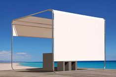Sonnendach auf Terrasse mit Sonnenschutz und Sichtschutz