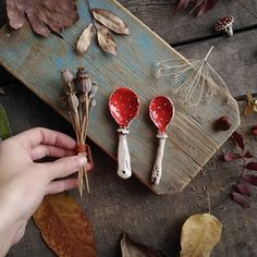 When fairy tale mushrooms turn into ceramic teaspoons