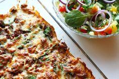 Sunn speltlompelasagne. Foto: Linda Stuhaug Best Chef, Enchiladas, Vegetable Pizza, Guacamole, Quiche, Nom Nom, Protein, Berries, Food Porn