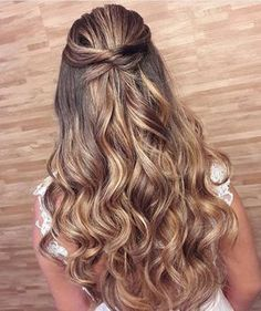 Trendy Hairstyles Long Curly Half Up Bridesmaid Hair Face Shape Hairstyles, Ponytail Hairstyles, Bride Hairstyles, Down Hairstyles, Trendy Hairstyles, Straight Hairstyles, Simple Homecoming Hairstyles, Ponytail Updo, Party Hairstyles