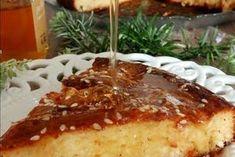 Ανθοτυρόπιτα με κανέλα και θυμαρίσιο μέλι French Toast, Pudding, Breakfast, Desserts, Food, Morning Coffee, Tailgate Desserts, Deserts, Eten